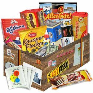 Geschenkideen bis 20 Euro - Platz-9_Süssigkeiten Box mit DDR Waren